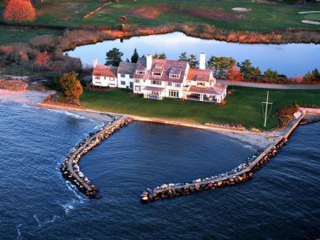 Vacker villa i New England-stil